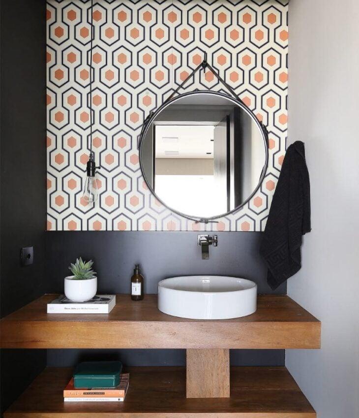 Papel de parede no banheiro 60 lindas op es para uma - Papel vinilico para paredes ...