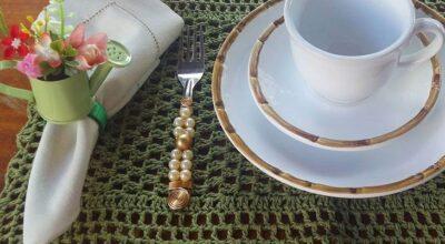 Jogo americano de crochê: 60 modelos para decorar a mesa