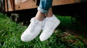 Como limpar tênis branco: 5 truques infalíveis e práticos