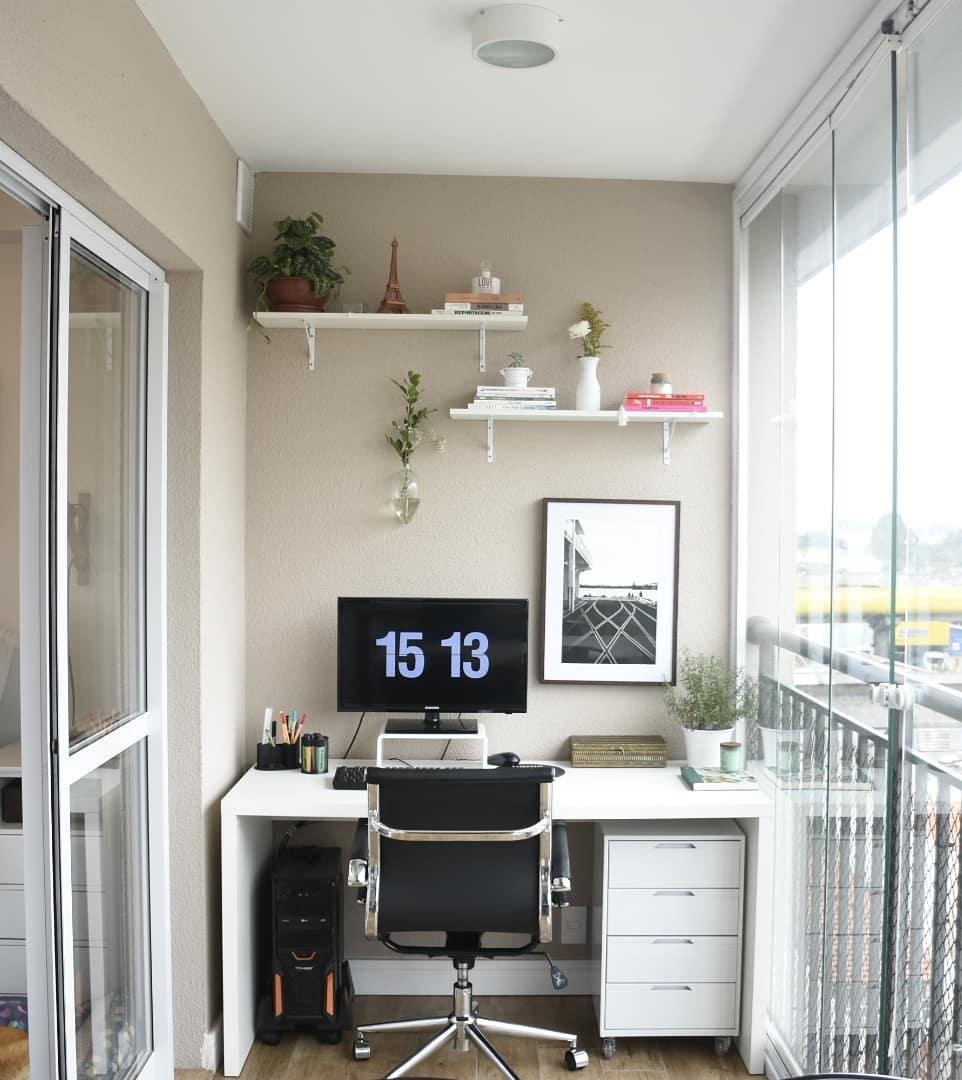 Decoraç u00e3o de escritório 70 lindas ideias e onde comprar objetos incríveis -> Decoração Simples Para Escritório Pequeno