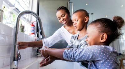 Como economizar água: 50 dicas para implementar no dia a dia
