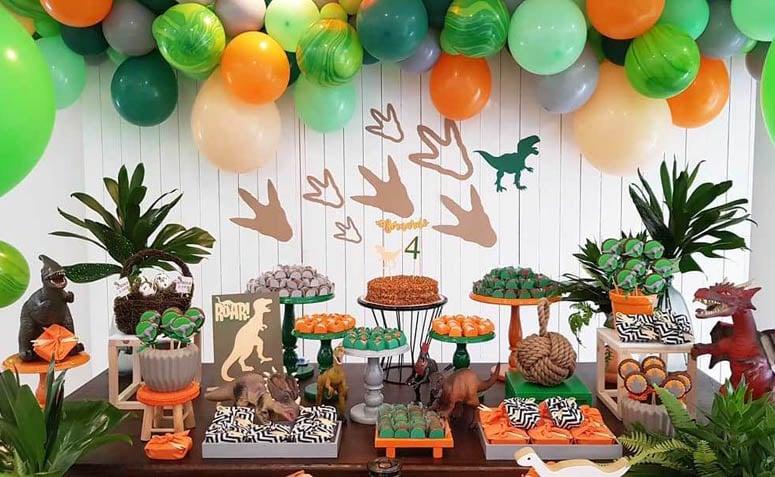 Festa Dinossauro 45 ideias e tutoriais para um evento cheio de aventura -> Decoração De Mesa Festa Dinossauro