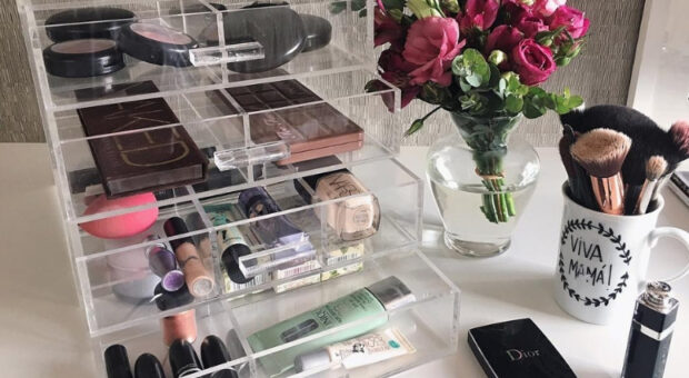 Organizador de maquiagem: 75 ideais e tutoriais para fugir da bagunça