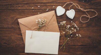 Modelo de convite de casamento: 80 propostas encantadoras e românticas