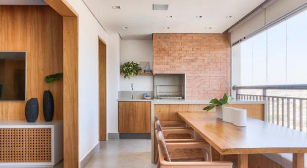 Churrasqueira para apartamento: tipos e ideias que cabem em qualquer espaço