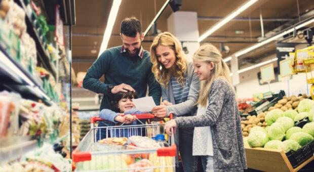 Lista de compras: dicas e modelos para organizar a rotina do lar