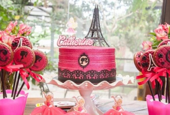 Bolo da Barbie: 75 ideias glamourosas e como fazer o seu