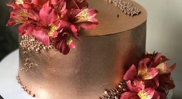 Bolo rose gold: 30 ideias que vão deixar a sua festa ainda mais elegante