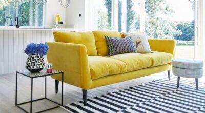 Sofá amarelo: 70 modelos para se inspirar e alegrar sua sala