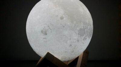 Luminária de lua: leve o céu para a decoração da sua casa
