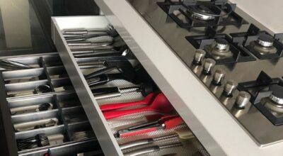 Como organizar armário de cozinha: 15 dicas para deixar tudo no lugar