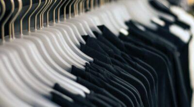 Como tirar pelo de roupa preta: aprenda a removê-los com eficácia