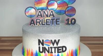 Bolo Now United: muita cor em 30 inspirações para a festa perfeita