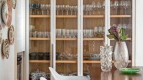 70 opções de cristaleira de vidro para decorar com luxo