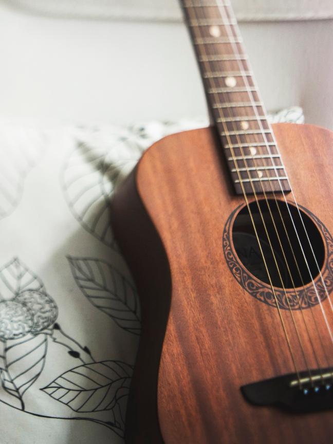 10 projetos incríveis que levam a música como decoração